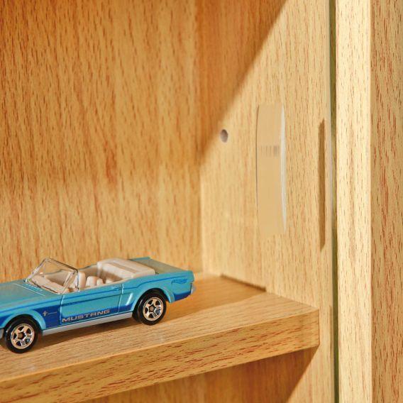 Vitrine murale pour miniatures 5 niveaux bois hêtre clair Colec - Photo n°7
