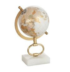 Globe marbre blanc et pied métal doré Narsh D 15 cm