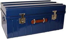 Malle métallique bleu avec poignée simili cuir L 90 x H 43 x P 50 cm