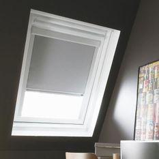 Store de fenetre de toit occultant gris VELUX U04/U08 - L.134 x H.140 cm - MADECO