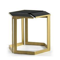 Table d'appoint granit noir et métal doré Main