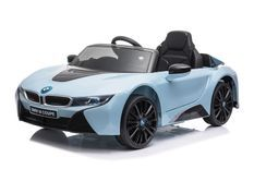 Voiture électrique BMW I8 bleu