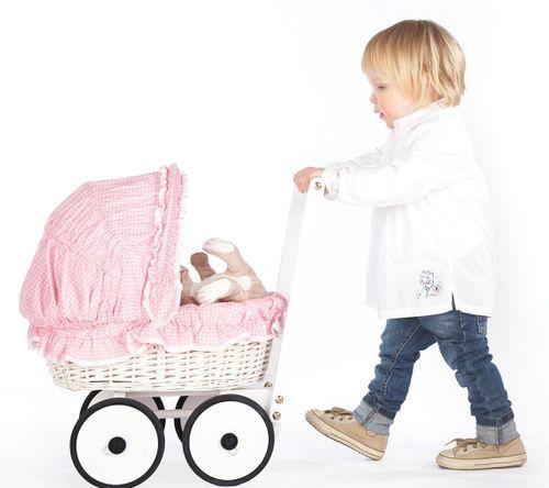 Voiture de poupée osier tressé blanc et tissu rose Marion - Photo n°2; ?>