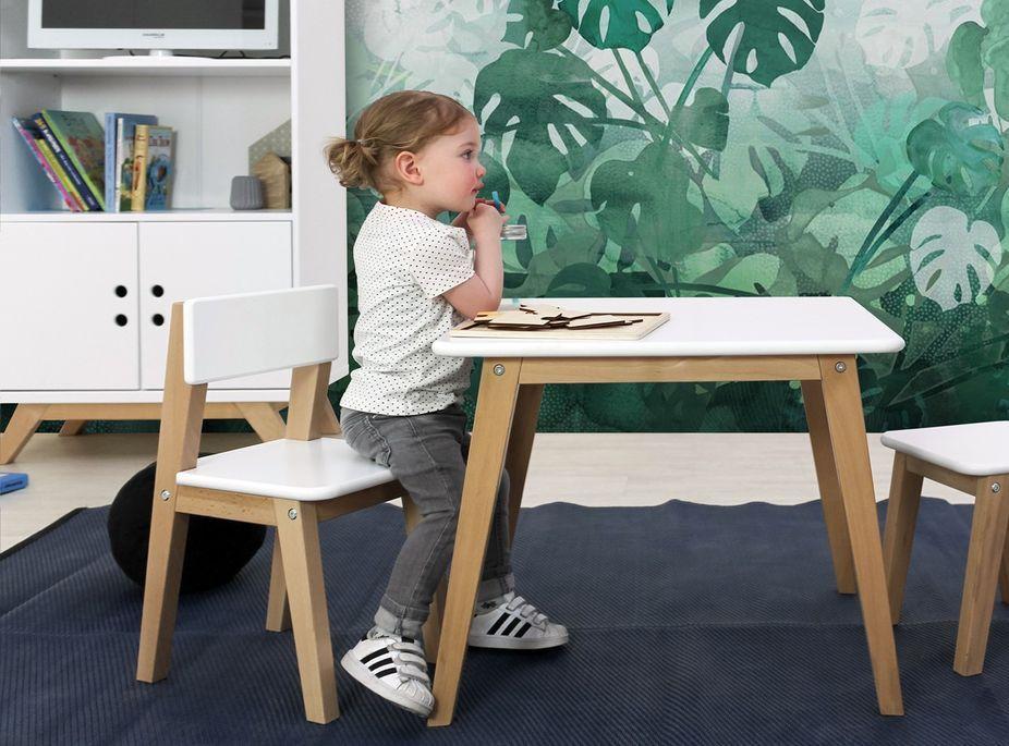 Table de jeu carrée avec 1 chaise et 1 tabouret bois blanc Ivar - Photo n°2