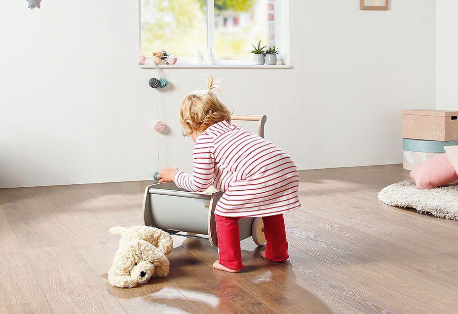Voiture de poupée bouleau massif et laqué gris Mette - Photo n°2