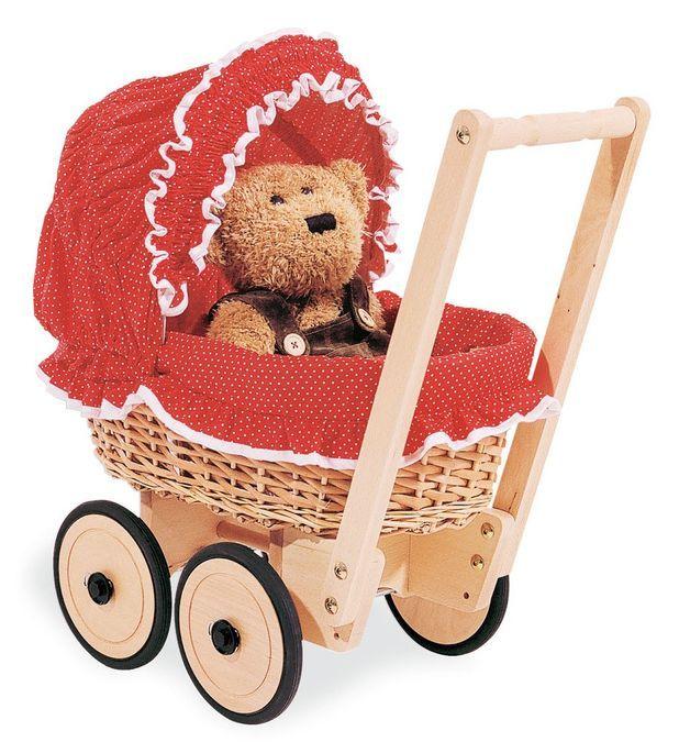 Voiture de poupée osier tressé et tissu rouge Mona - Photo n°1