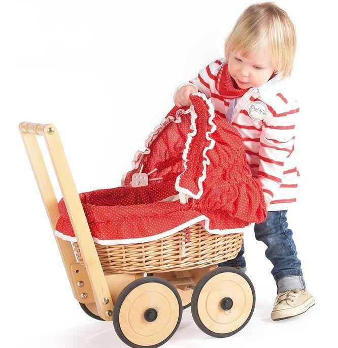 Voiture de poupée osier tressé et tissu rouge Mona - Photo n°2